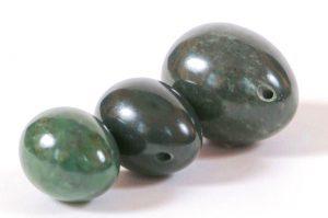 FREE SHIPPING: 40% OFF Nephrite Jade Egg Set (S/M/L)